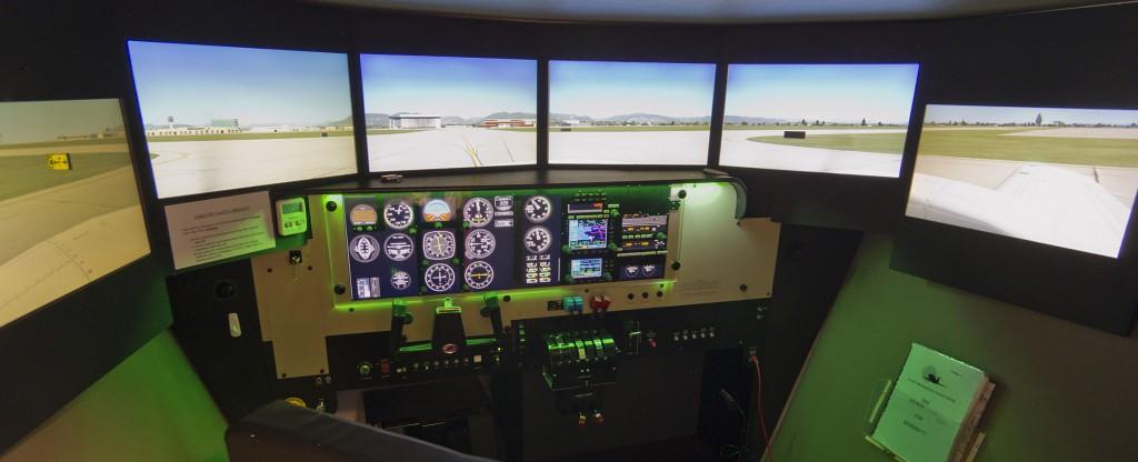 加拿大 太平洋专业飞行培训中心 (Pacific Professional Flight Centre) 红鸟(Redbird)全运动模拟机(Flight Simulator)
