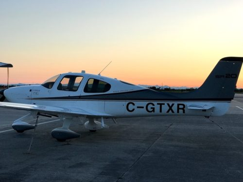 Cirrus SR-20 GTXR at Sunset